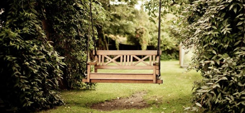 Selecting Suitable Seating For A Sedate Summer Sitdown