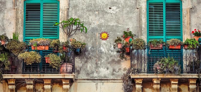 Reach The Sky And Create A Balcony Garden